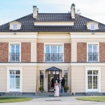 Megrame windows used in new luxury home