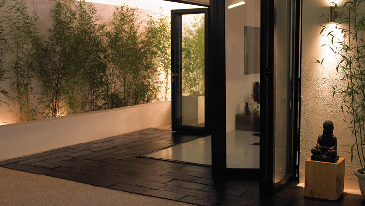 Signature bi-fold door with black panel