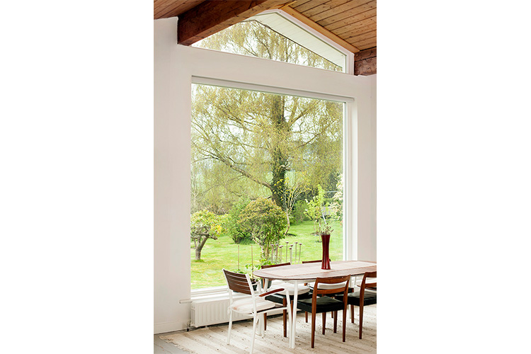 Megrame Aluminium Clad Wood Fixed & Shaped Windows